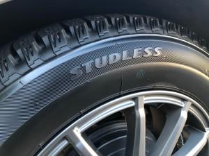 studless